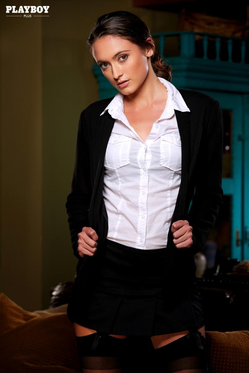Deanna Greene Nude Photos 1