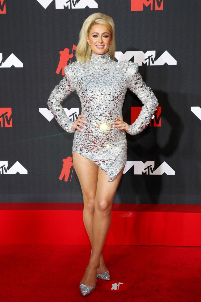 Paris Hilton 2021 MTV Video Müzik Ödülleri etkinliğinde