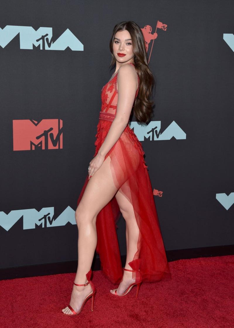 Hailee Steinfeld – 2019 MTV Video Müzik Ödülleri