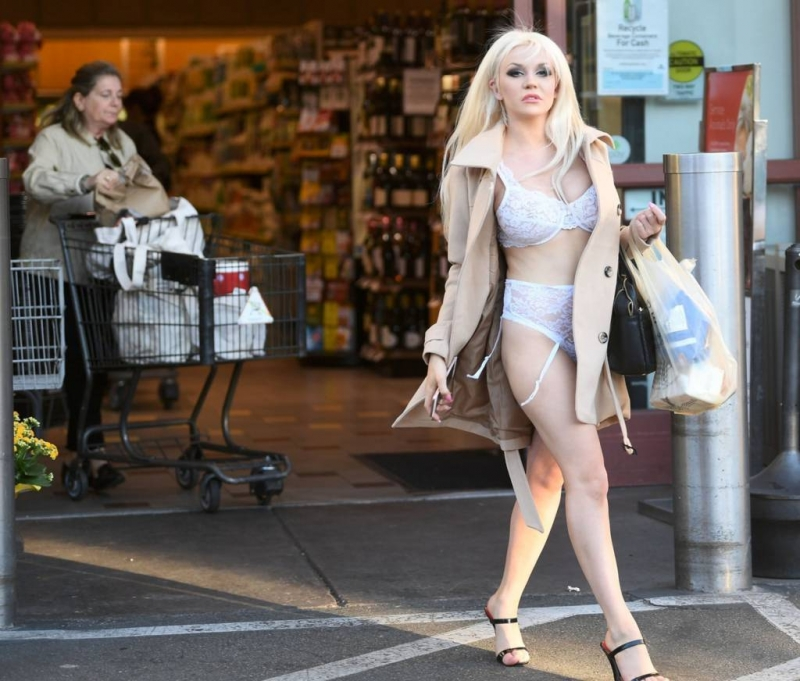 Courtney Stodden - West Hollywood
