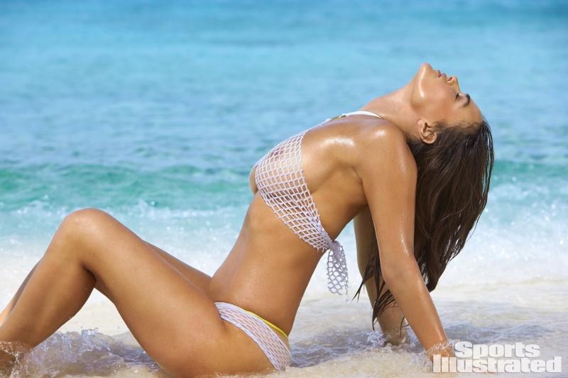 Myla Dalbesio - Sports Illustrated