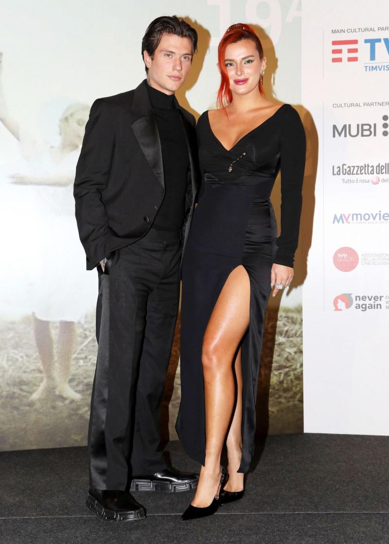 Bella Thorne ve Benjamin Mascolo Roma'da