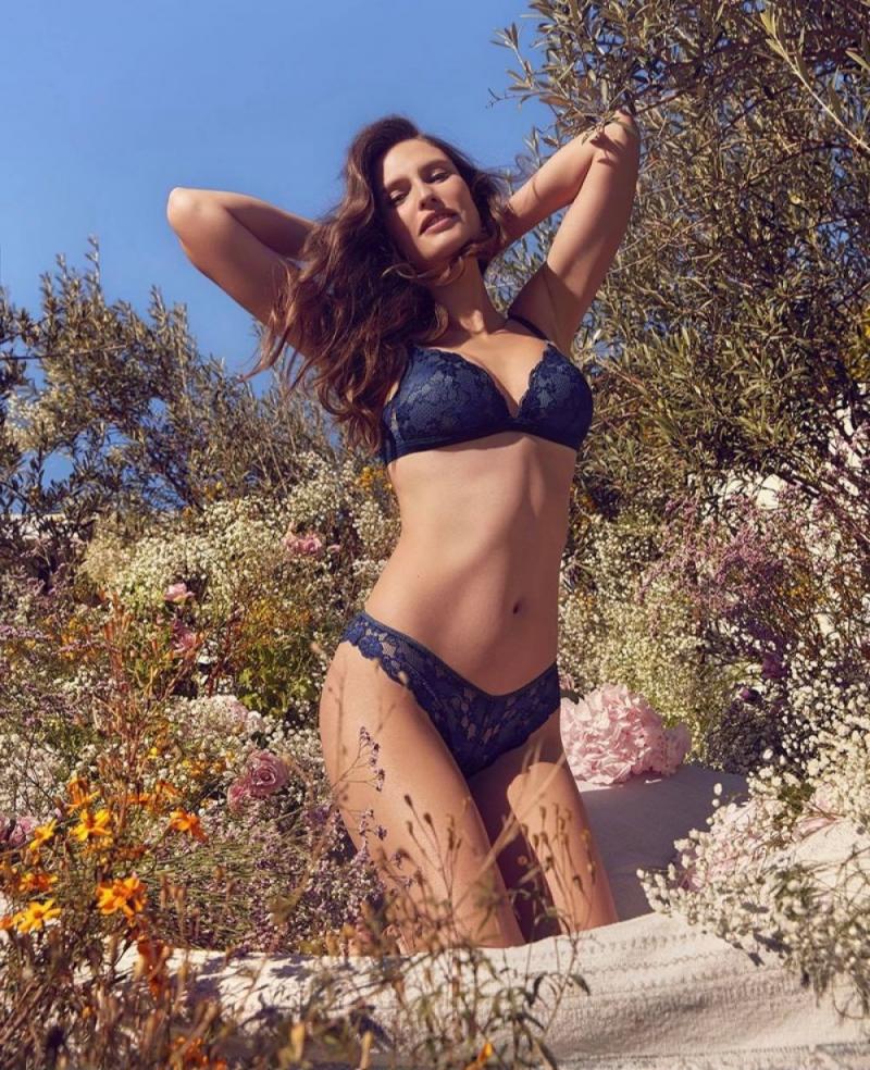 Bianca Balti Yamamay çekimlerinde