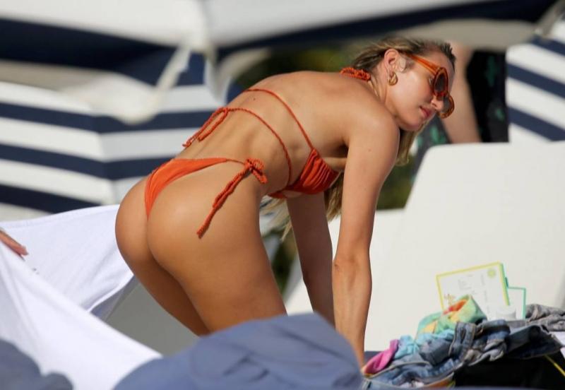 Candice Swanepoel - Miami