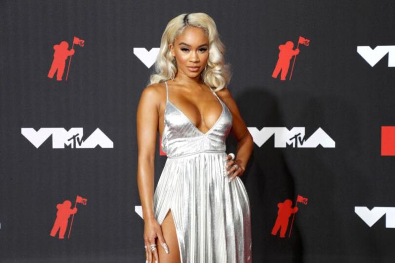 Saweetie 2021 MTV Video Müzik Ödülleri etkinliğinde
