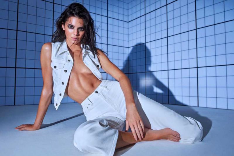 Kendall Jenner Calvin Klein çekimlerinde