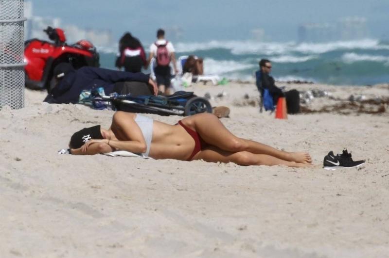 Kimberley Garner - bikini