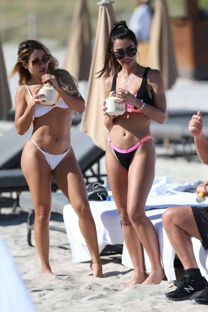 Metisha Schaefer - bikini