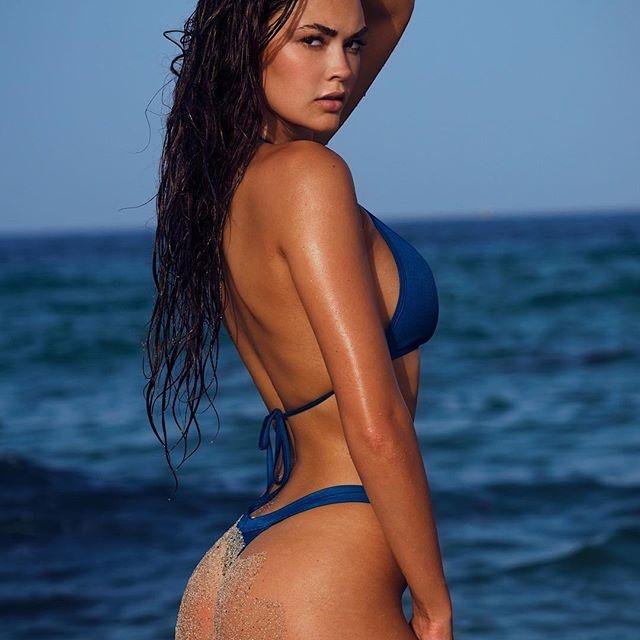 Jessica Naz