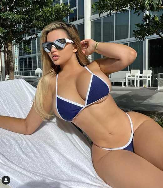 Anastasia Kvitko bikini ve iç giyim çekimlerinde