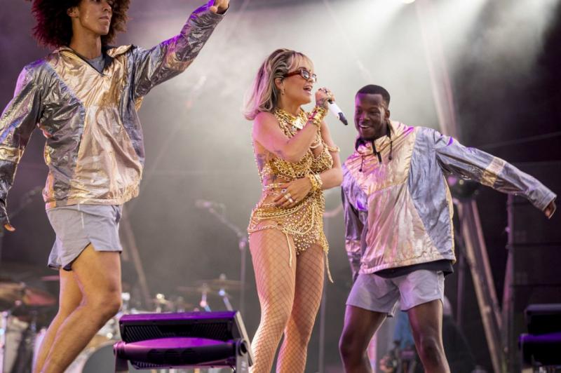 Rita Ora Ruisrock performansı