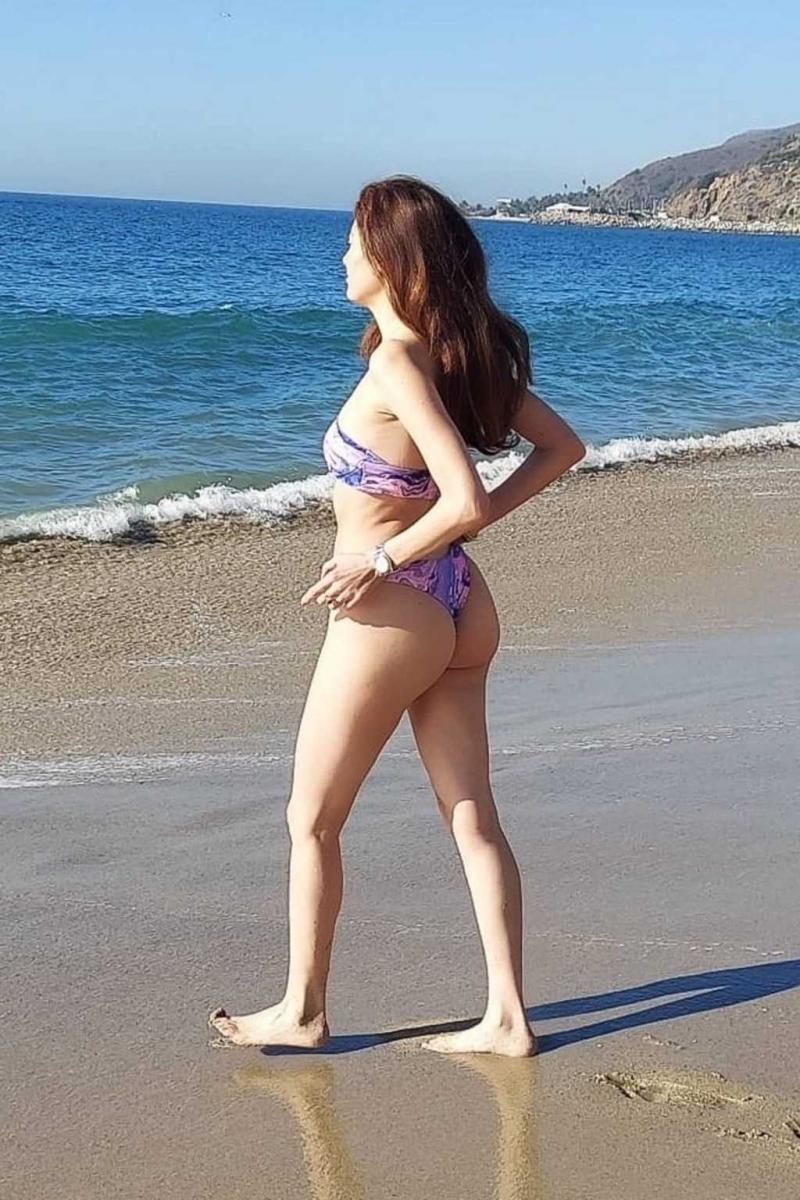 Blanca Blanco bikini ile Malibu'da 20/01/2021