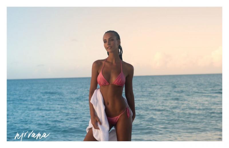 Rachel Cook bikini ile Nirvana Issue 2021 fotoğraf çekimlerinde