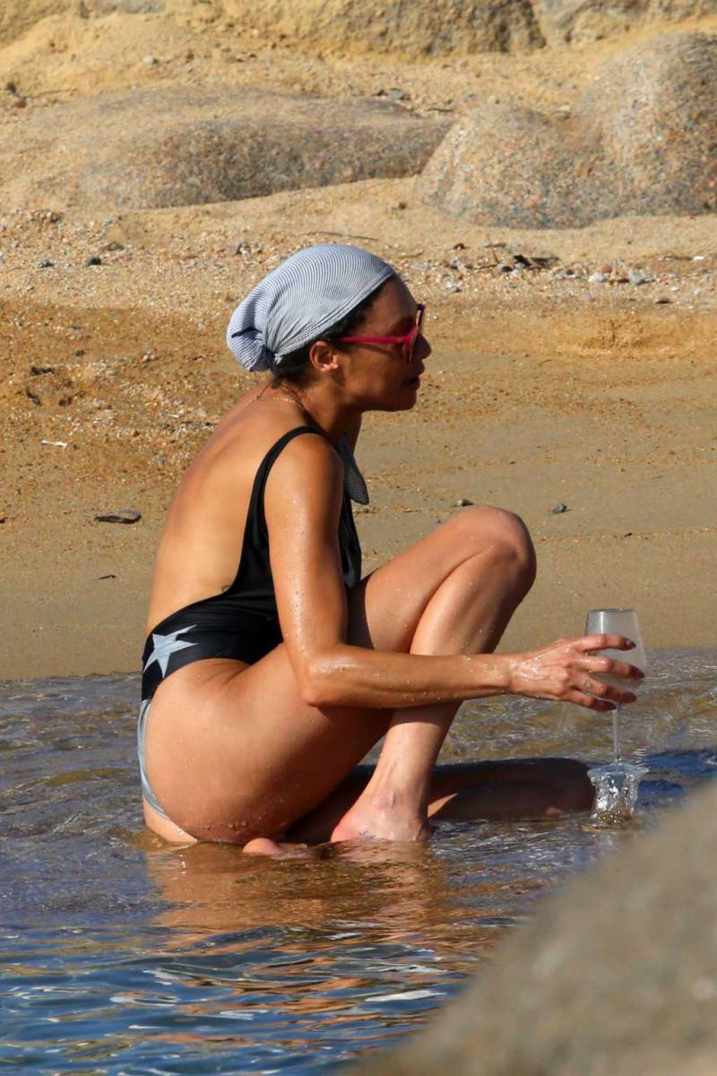 Lilly Becker mayo ile Sardinia'da
