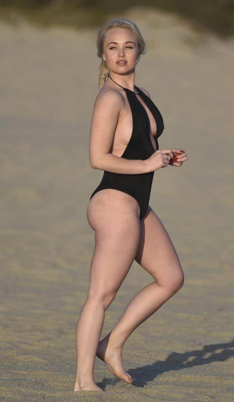 Jorgie Porter - Malibu plajı