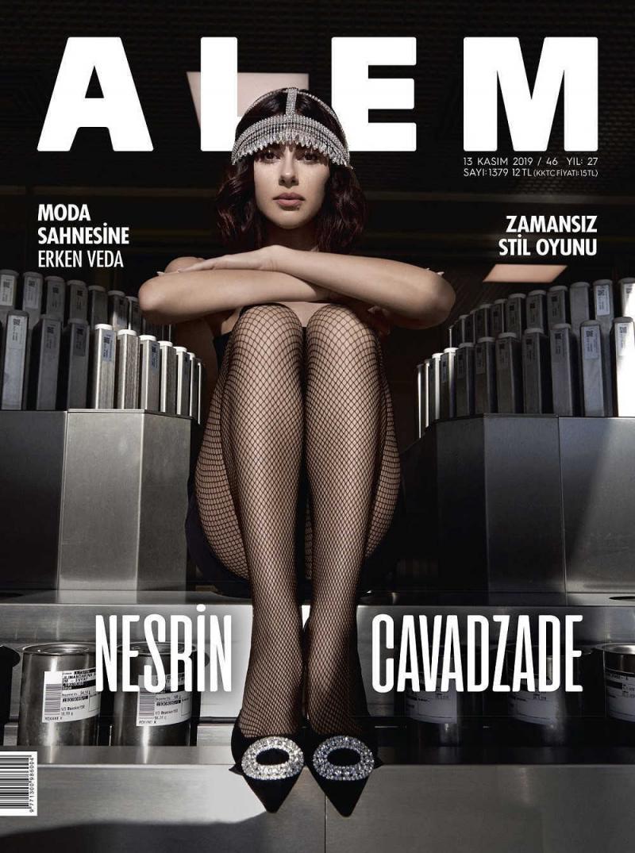 Nesrin Cavadzade Alem Dergisi çekimlerinde