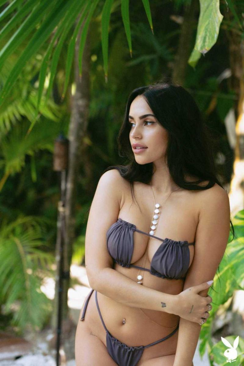 Claudia Tihan Playboy Magazin çekimlerinde