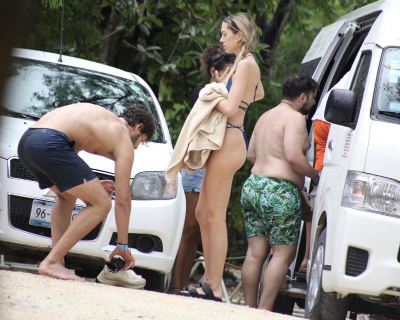 Delilah Belle Hamlin bikini ile Tulum'da 15/06/2021
