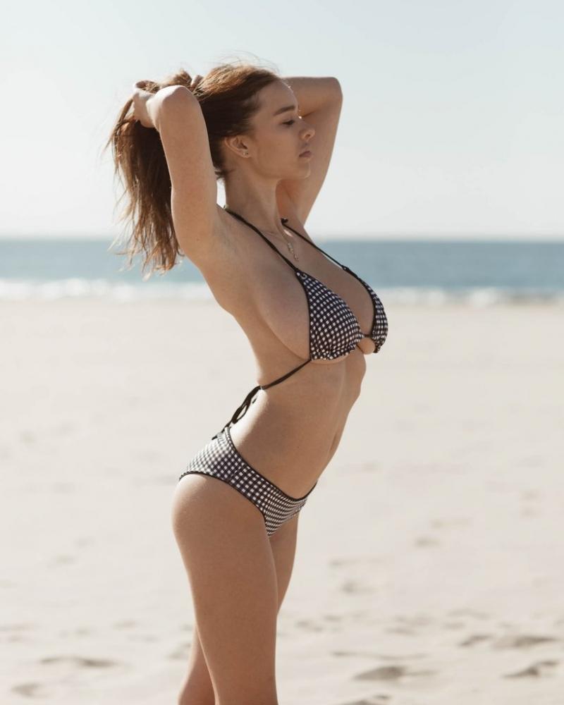Sophie Mudd bikini