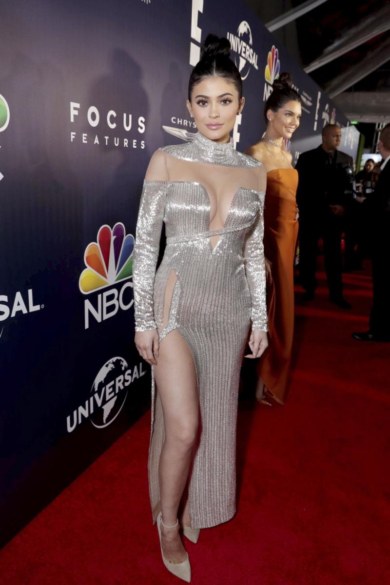 Kendall Jenner ve Kylie Jenner – Golden Globe etkinliği
