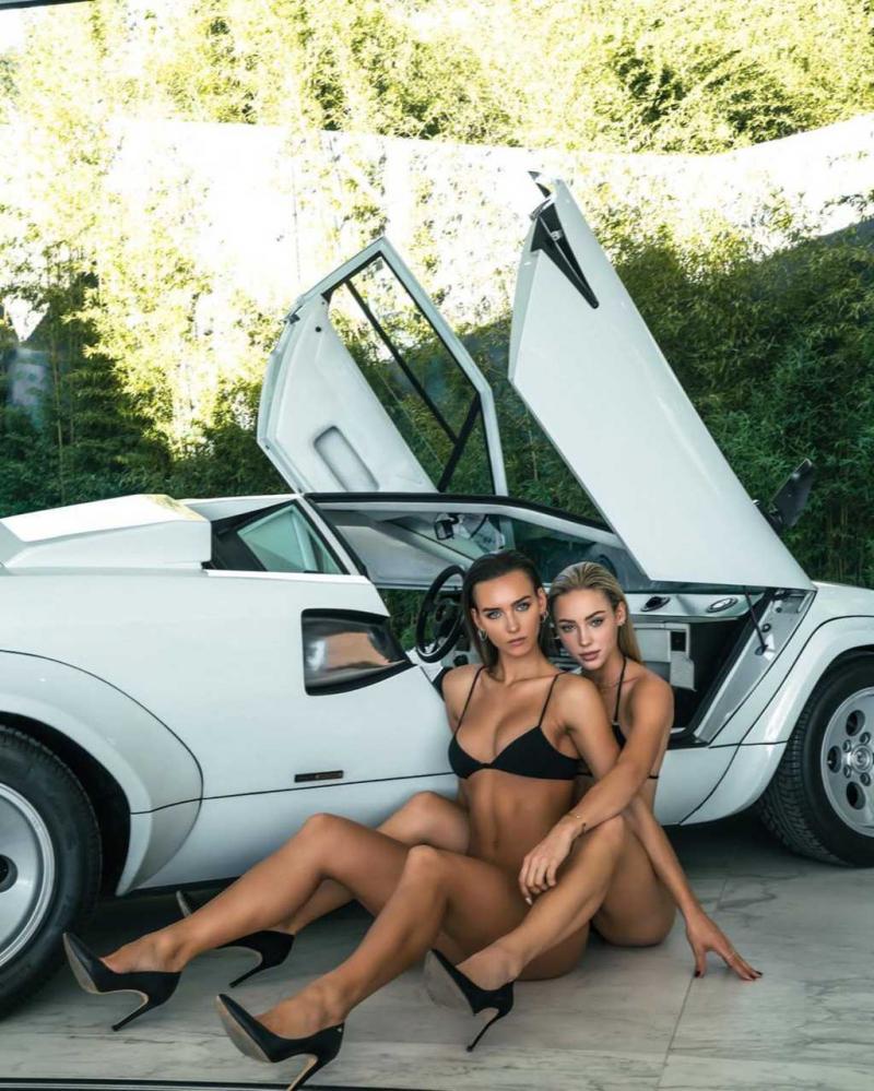 Rachel Cook ve Charly Jordan bikini çekimlerinde