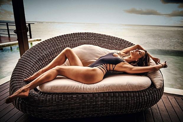 Alessandra Ambrosio – GQ Magazin