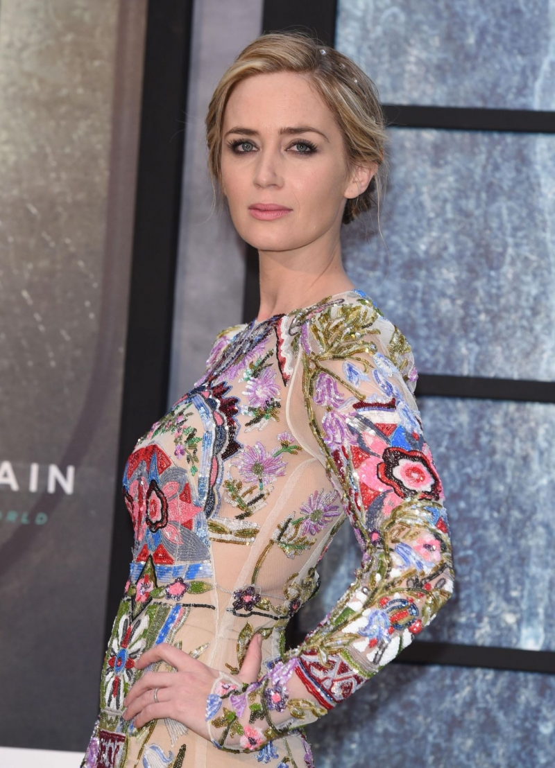 Emily Blunt – The Girl on the Train Prömiyeri