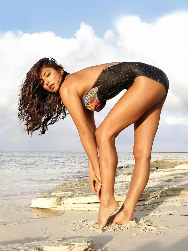 Jessica golden nude — photo 8