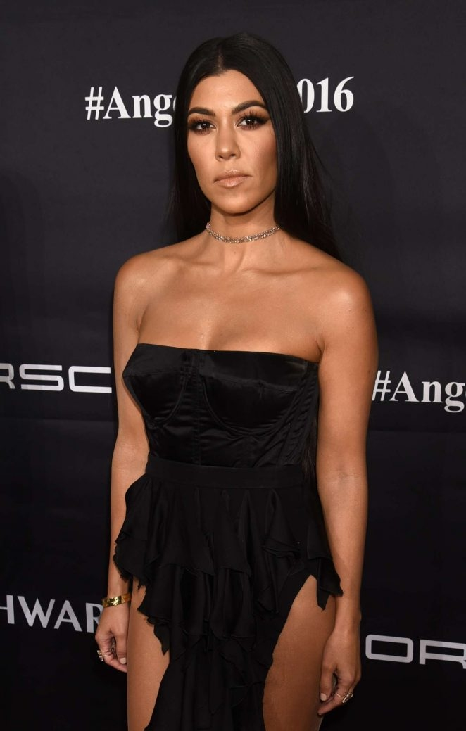 Kourtney Kardashian – Gabrielle's Angel Ball etkinliği