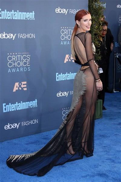 Bella Thorne – Annual Critics ödülleri