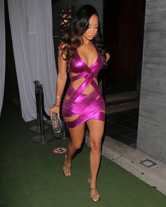 Draya Michele pembe mini elbise ile Batı Hollywood'da
