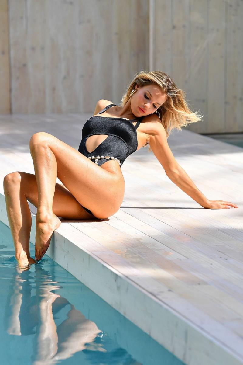 Joy Corrigan Miami'de mayoyla
