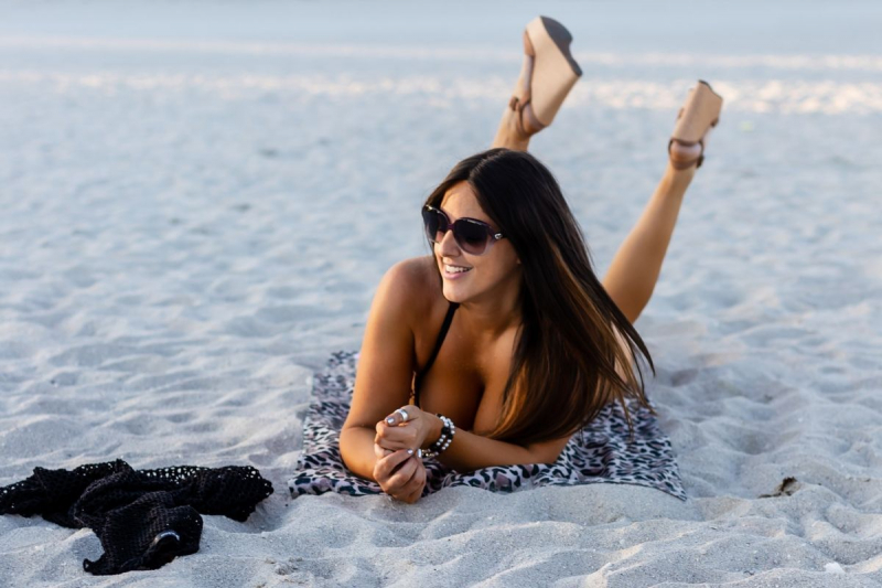 Claudia Romani South Beach'de