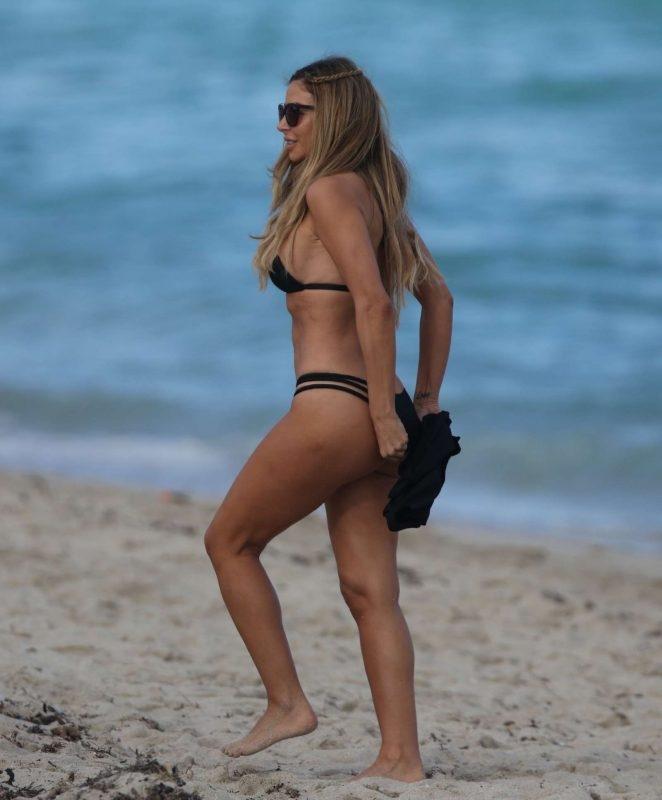 Larsa Pippen bikiniyle