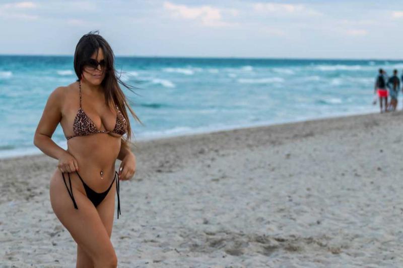 Claudia Romani plajda sporda