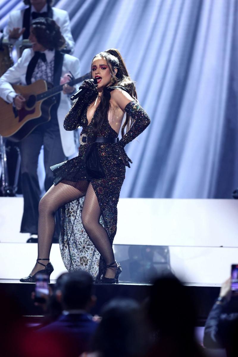 Camila Cabello 2021 Billboard Latin Müzik Ödülleri etkinliğinde