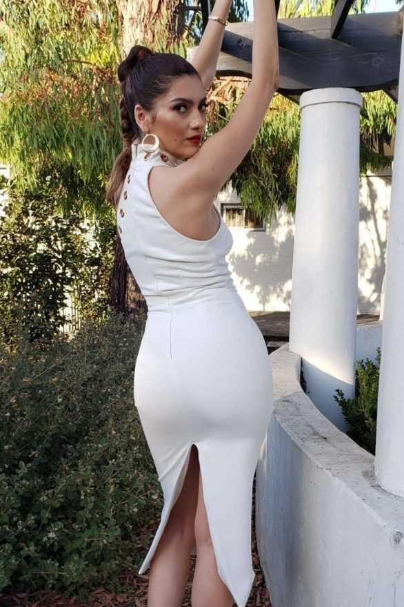 Blanca Blanco beyaz elbise ile Beverly Hills'te