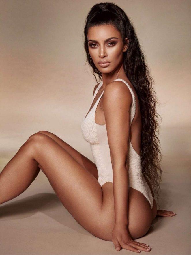 Kim Kardashian - Kkw Beauty çekimleri