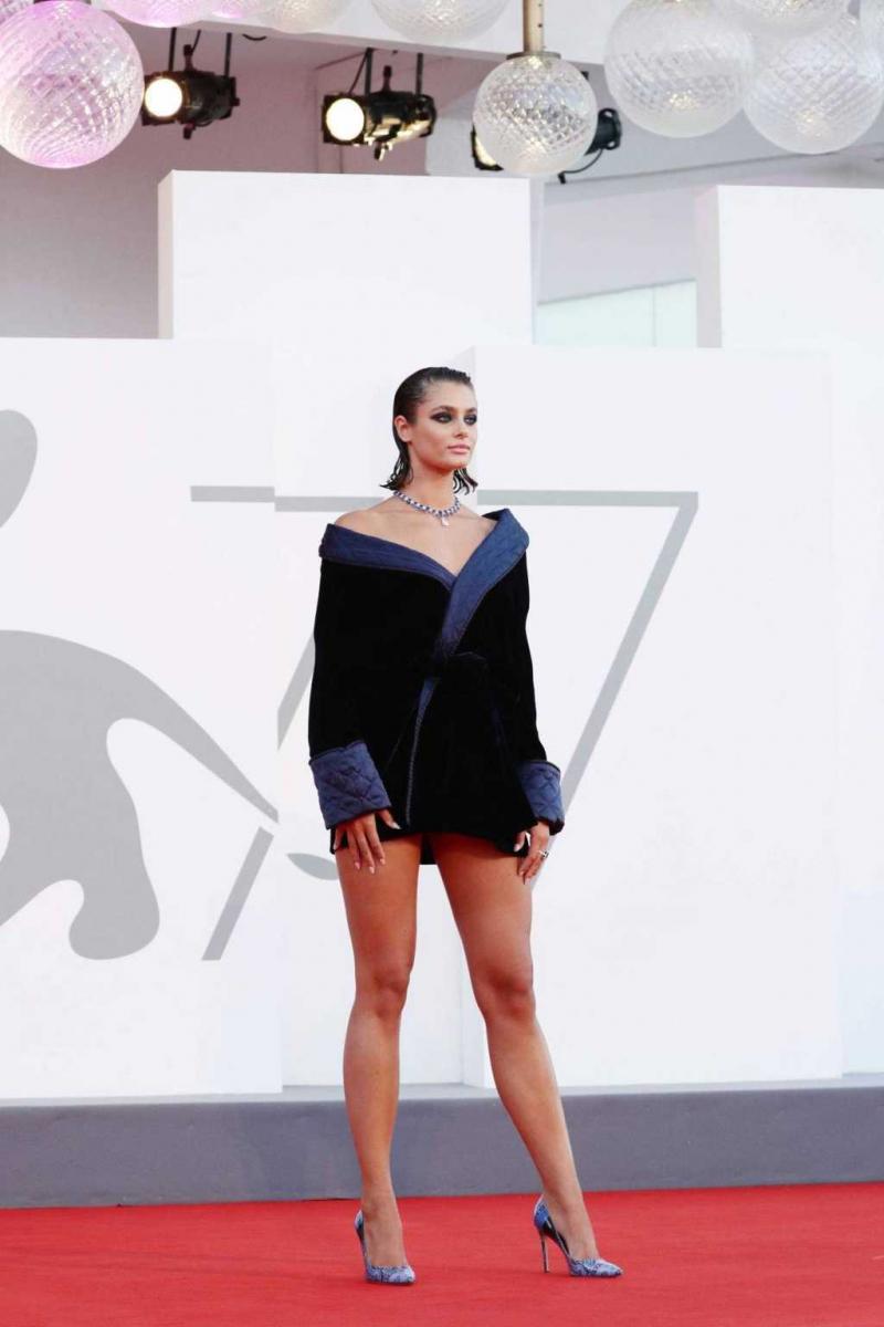 Taylor Marie Hill 2020 Venice Film Festivalinde