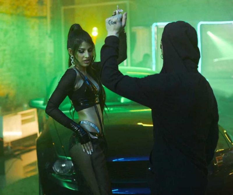 Jasmin Walia Londra'da Want Me çekimlerinde