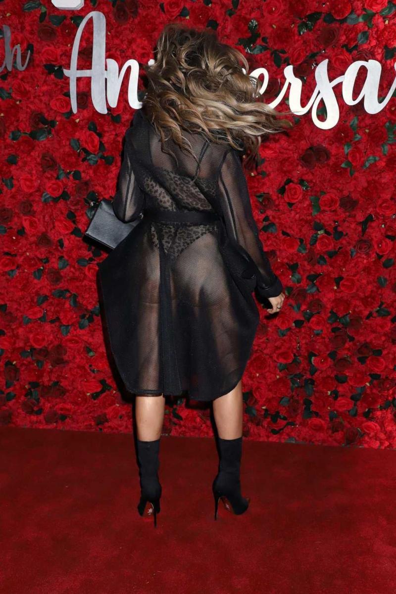 Farrah Abraham transparan elbise ile Crazy Horse partisinde