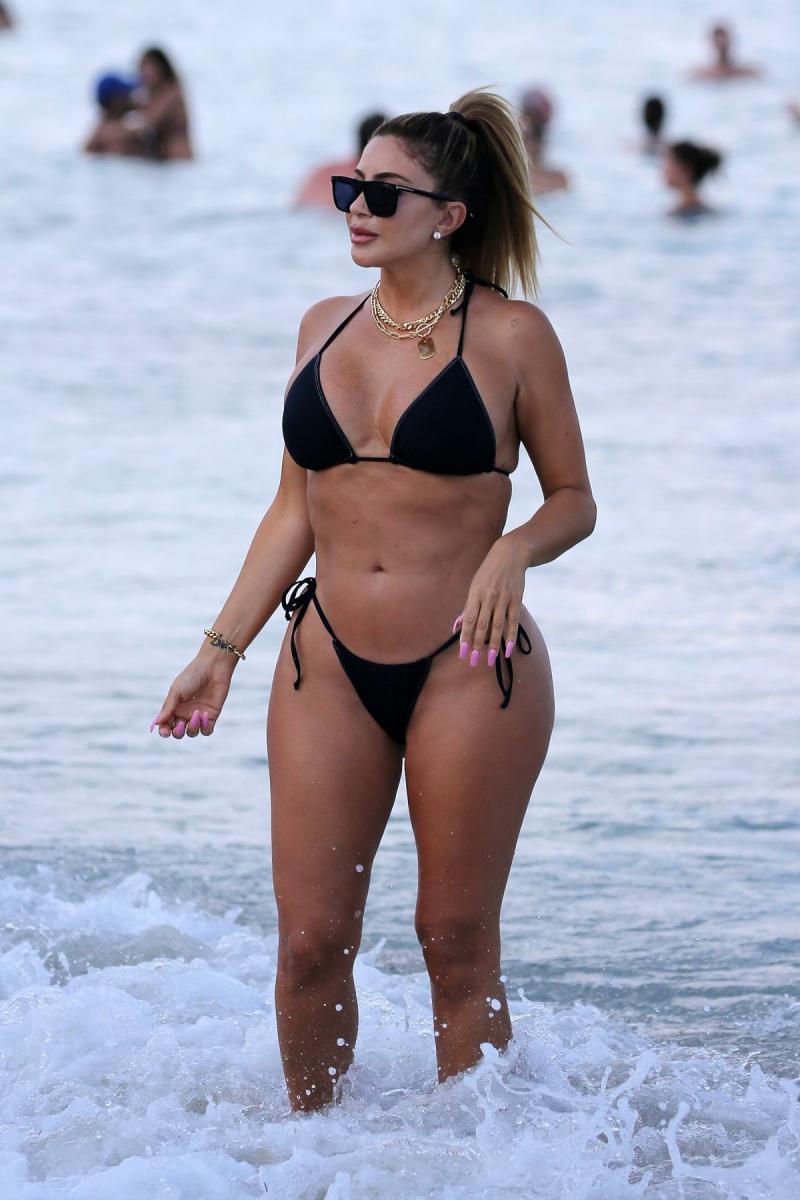 Larsa Pippen bikini ile Miami'de 28/04/2021
