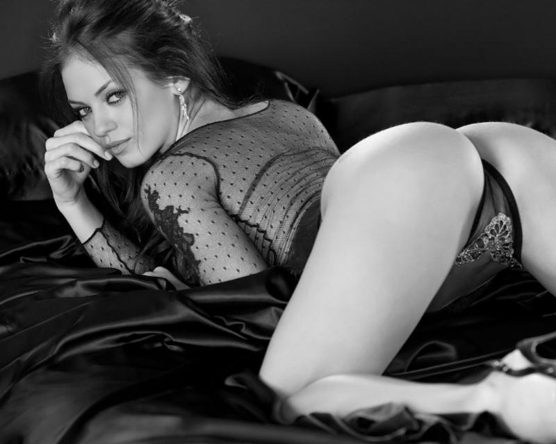 фото сексуальные девушки в трусиках