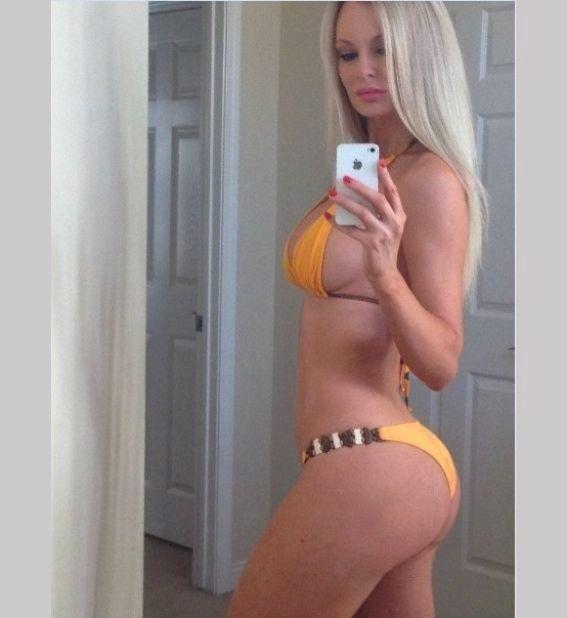 Kira Roller Porno Videos  Geverifieerde pornoster