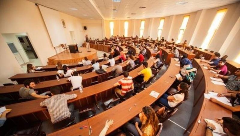 1 milyon 115 bin üniversiteli okulu bıraktı