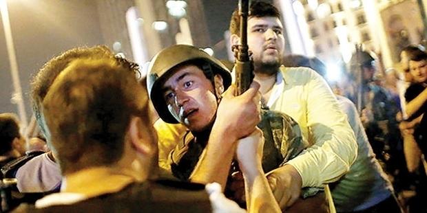 15 Temmuz'un İstanbul'daki askerlere yönelik ilk iddianamesi kabul edildi