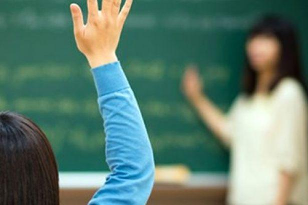 3 bin 400 öğretmen mesleğe geri dönecek!