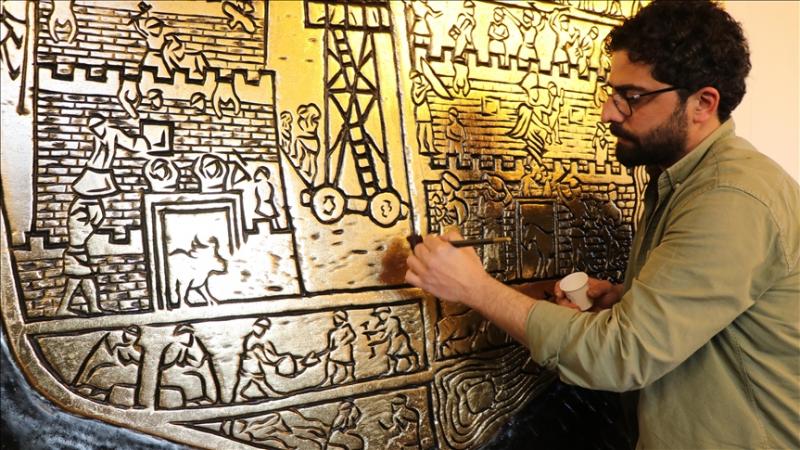 4 bin yıllık Harput kabartmasını oyma sanatıyla ahşaba işledi