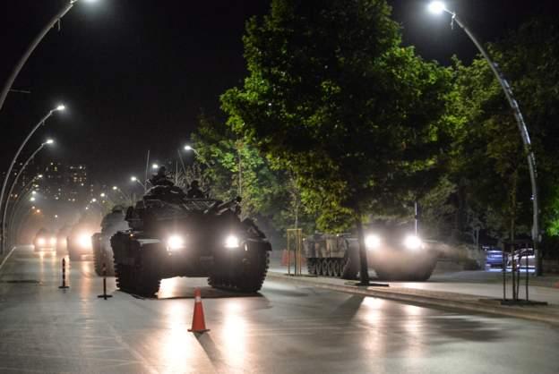 AA: Gülen yapılanması soruşturmalarında 458 firari asker var