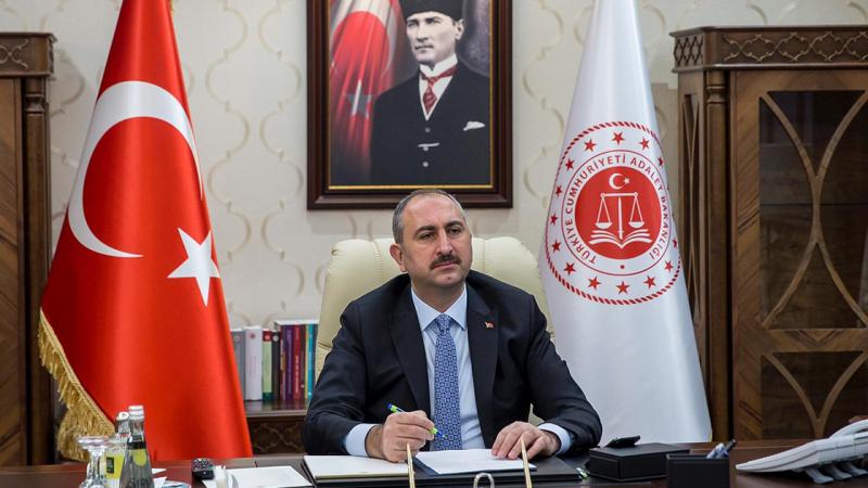 Adalet Bakanı: 12 hâkim ve Cumhuriyet Savcısı ile 55 personelde koronavirüs tespit edildi